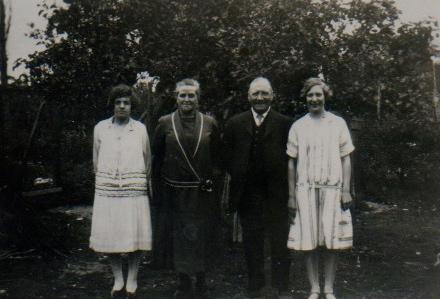 Dora & Minnie with Grandparents