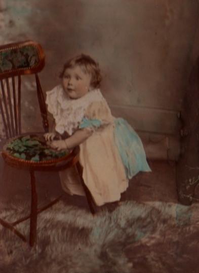 Doris Ingle 1900