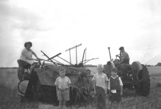 Mary Green & Ken Green on their farm at Horselode Fen, Chatteris. Sons Dave