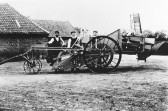 Moulton horse-drawn mechanical potato harvester built in Chatteris. Chatteris museum collection photo.