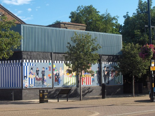 Mural on the frontage of Empress Swimming Pool, Chatteris, once the Empress Cinema. Mural covers an extension to the building,formerly a car showroom