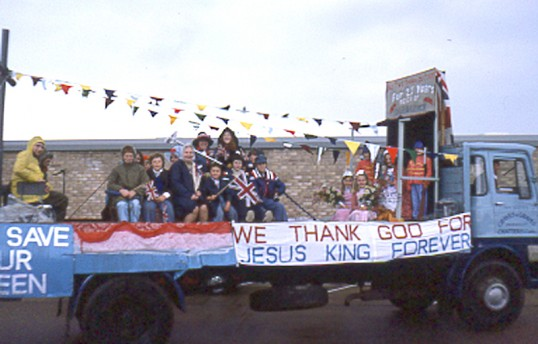 Church float. Chatteris Silver Jubilee parade. Photo by Mr E J Tilley