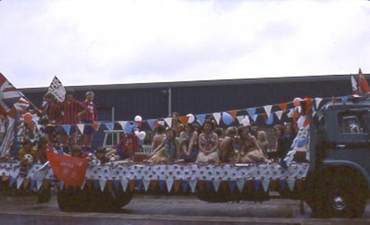 Hawiian float. Chatteris Silver Jubilee parade. Photo by Mr E J Tilley