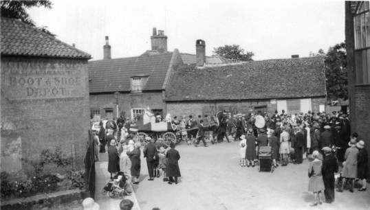 Hospital Sunday parade in Chatteris High Street seen from Railway Lane. Photo loaned from Alan Rickwood