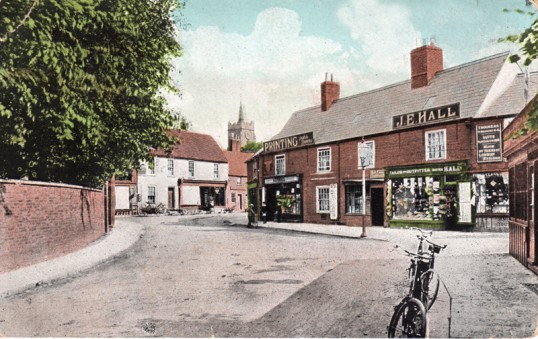 High Street, Chatteris. From postcard post marked 1909 submitted for R Heading via Chatteris museum.