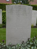 The Grave of Chatteris WW1 Soldier George Austin, Bailleul Communal Cemetery, Nord