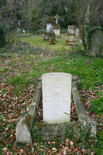 The Grave of Chatteris WW1 Soldier Ernest Barnes at Chatteris Meeks Cemetery