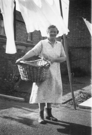 Washing day in Chatteris