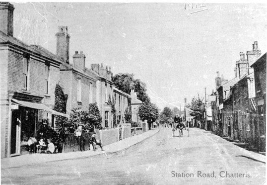 Station Street, Chatteris on a wrongly printed postcard . Stuart Stacey Collection