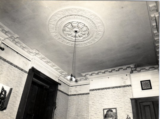 Plasterwork on ceiling at Chatteris House
