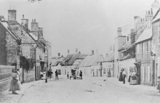 Photograph from the Stuart Stacey Collection. High Street , Chatteris ?
