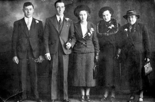 Family Wedding photograph-Stuart Stacey Collection