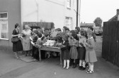 School children enjoy an educational  outing, Chatteris (2) Stuart Stacey Collection