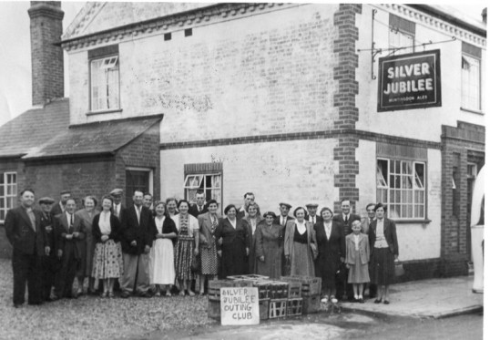 Silver Jubilee Outing Club,Silver Jubilee Public House, High Street,Chatteris