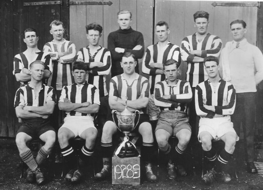 !928-1929 Chatteris Football Team. Possibly the Engineers.