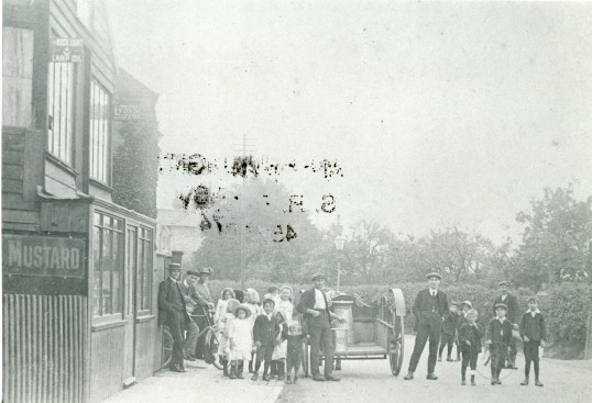 Street scene with families in Chatteris