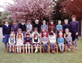 Burnsfield 1983 class photo 2
