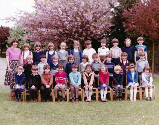 Burnsfield 1983 class photo 4