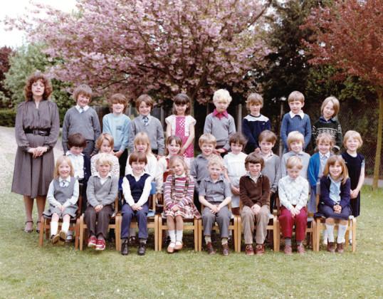 Burnsfield 1983 class photo 5