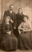 Phoebe Ling (Landlady Red Lion) with family members. Courtesy of Jonathan Phillips