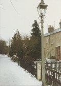 Gas lamp and snow: Railway Street footpath, Cherry Hinton.  Photograph by Geoff Kitchin