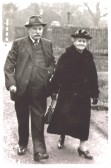Martha (Landlady of Chequers, Cherry Hinton) & Harry Linsey, brother of Frederick Lindsey, grandfather of Dorothy Wallis.  Donated by Dorothy Hobbs