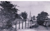 Ancient footpath through St Andrew's Churchyard, Chesterton Photo No. 2