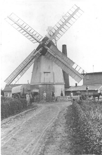 Millfield Windmill Cottenham built early 1700s