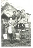 Land girls in South Cambs