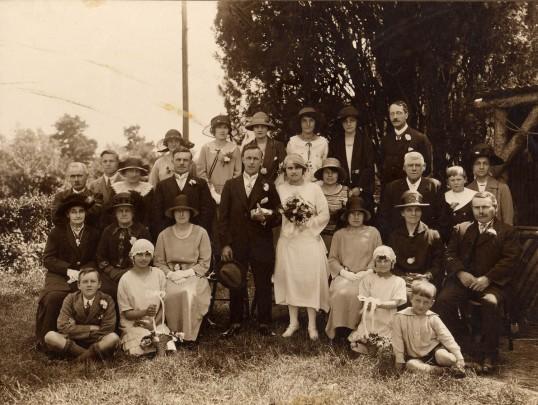 Gothard family wedding at Aldreth in 1924
