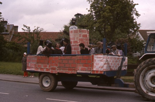 Balsham - Float at the Carnival for the Queens Silver jubilee