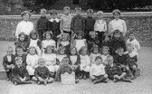 Linton - Class 2 of the Infants School.  On the left Miss Fleet the teacher in charge.  On the right Miss Meeks.