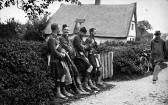 West Wickham - soldiers in Streetly End during Army Manouevres