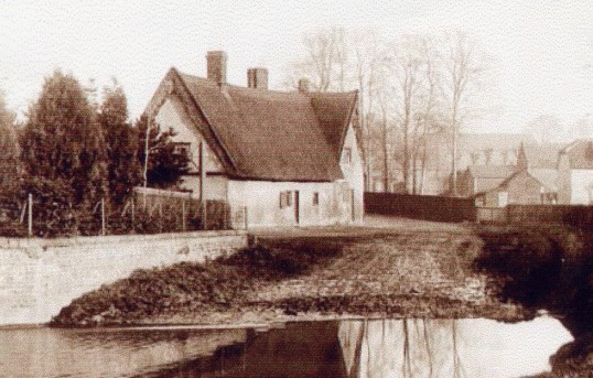 Hildersham, Ford House