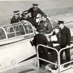 Red Cross having instruction on ejector seats including Phyllis Goodliff.Source Goodliff Archive.