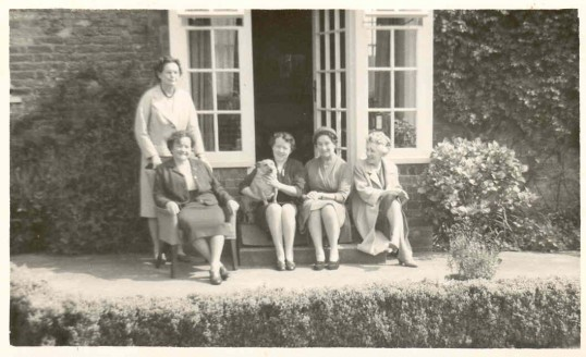Standing, Eileen Thackray, seated with dog, Doreen Clarke and Phyllis Goodliff extreme right.Source  Goodliff Archive.