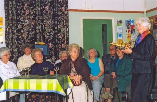 Book Cafe. Speech from the retiring manager Mackenzie, Kathy,..