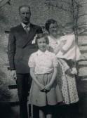 Jack & Irene Ayres & family 1946