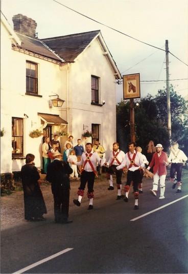 Cromwell Morris Men at the Golden Miller