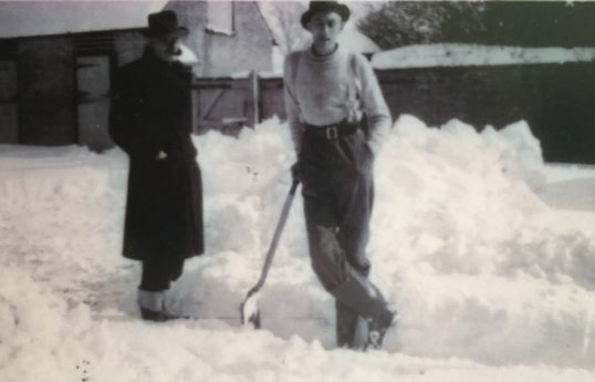 Rev Gilbert Walshaw and Leslie Monk 1947 at the Rectory