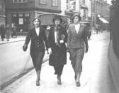 Ethel Peters of Manor Farm, Town Green Road, Orwell with her daughters Peggy Miller (nee Peters) and Joyce Miller (nee Peters).