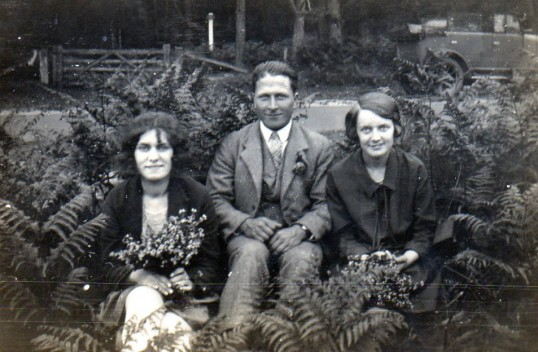 Hilda, Horace & Flo Brown of Pymoor.