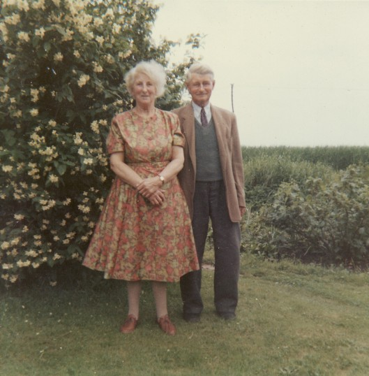 Jack & Lily Bell of Pymoor.