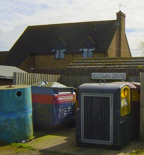 Pymoor has a Recycling Centre in the carpark of the Pymoor Cricket and Social Club in Pymoor Lane.