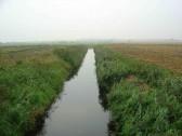 30 Foot Drain seen from Dunkirk Bridge, Pymoor, looking in the direction of Little Downham.