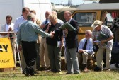 Jim Paice MP presents a prize to Richard Golding at the Pymoor Show 2008.