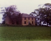 A derelict Phoenix Farm, near the Hundred Foot Bank, Oxlode, Pymoor, just before demolition, circa 1985.