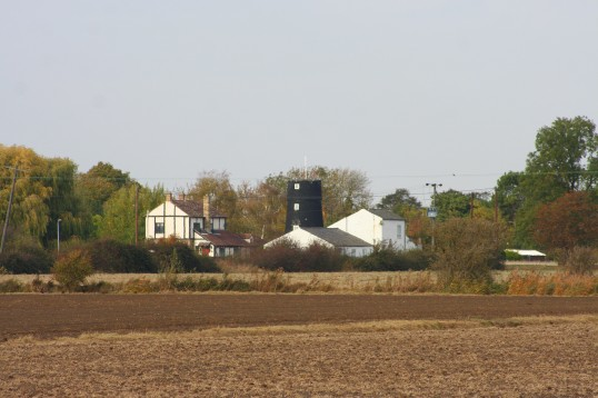 The 'Granary' & the 'Old Mill', Pymoor Lane, Pymoor, seen from Frith Head Drove, 2009.
