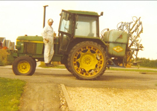 Cyril Heaps in white overalls and mask in Pymoor, 1995