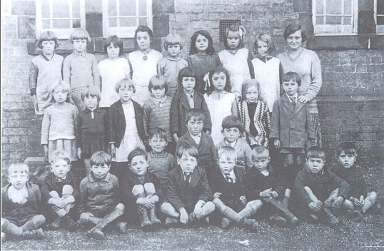 A break from lessons for a Pymoor School photograph 1932.